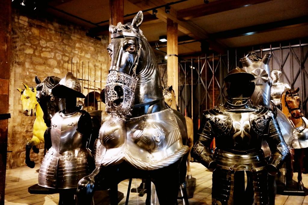 horses ready for battle