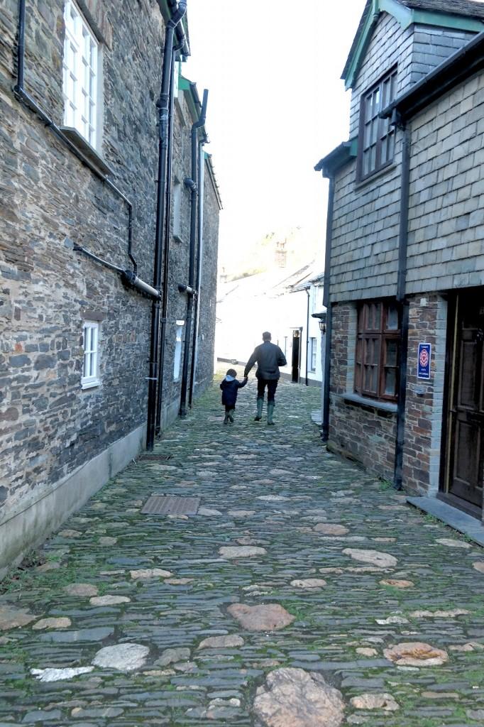 running away from mummy in boscastle