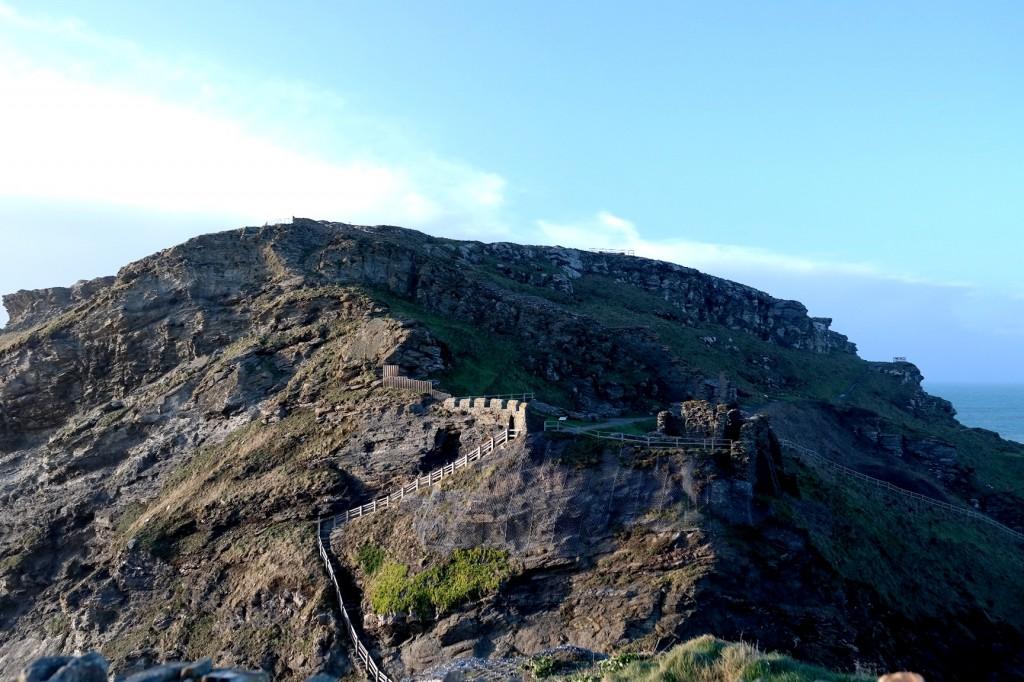 ruins of tintagel castle