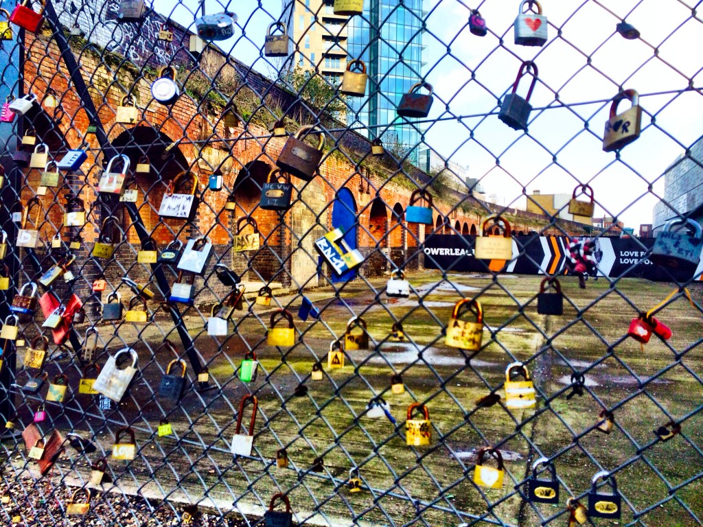 love locks shoreditch