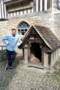 the dog house lean