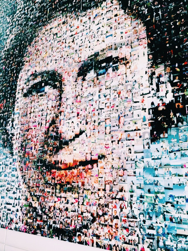 a photo of a picture of the queen made from photos